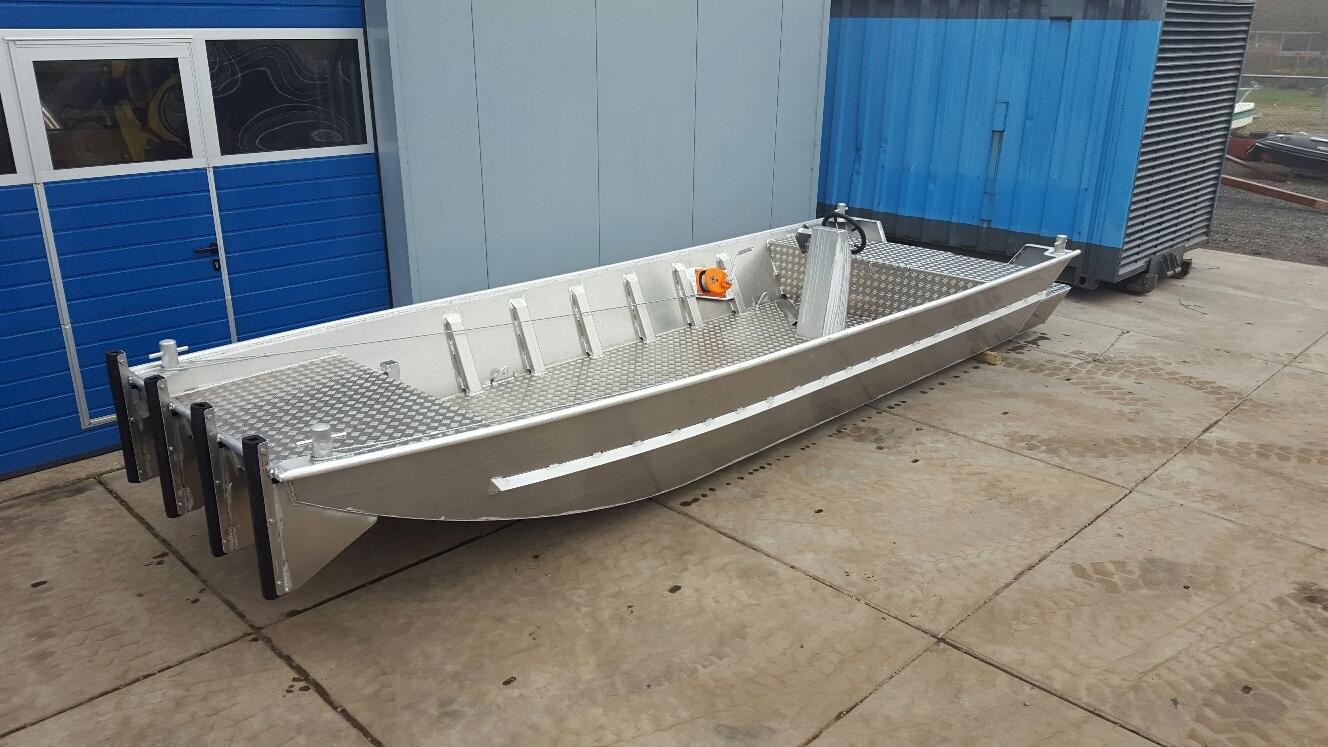 HasCraft 600 Pushboat
