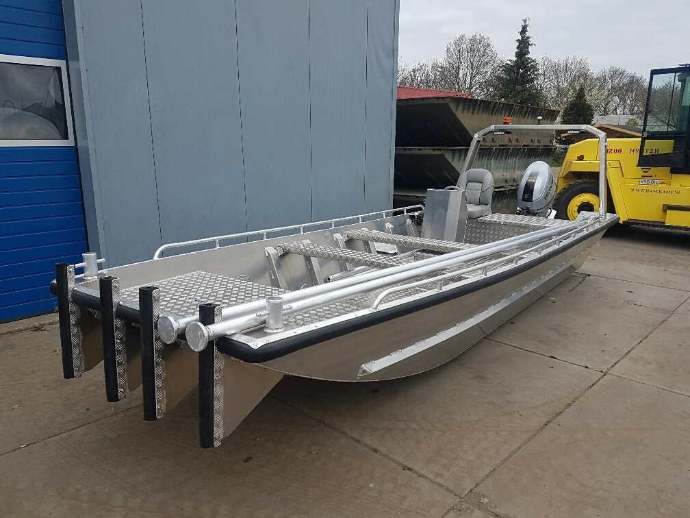 "HasCraft 600 ALL Round Water Research Boat ""Full Option"""